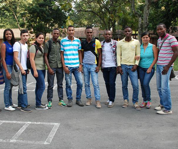 estudiantes_incauca_educa_2